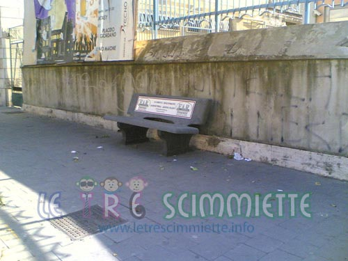 panchine nuove a piazza annunziata-angri